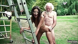 Old man plays a sex game with her young girl have super hot sex