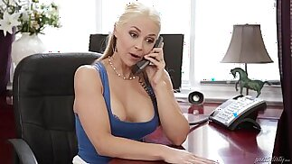 Sarah Vandella cheats with her Stepson Pretty Dirty