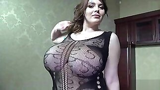 I WANT YOU TO FEEL MY SPERM AS I EJACULATE DEEP INSIDE YOUR PUSSY XENIA!!!
