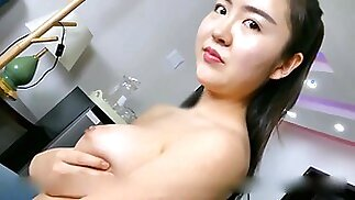 Hong Kong Fully Wet Pussy Dripping Cum Nude Model White Tiger